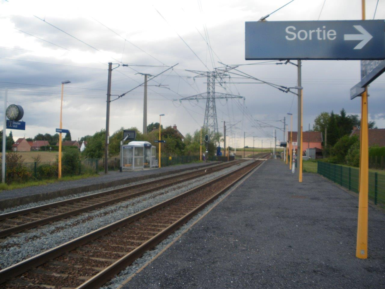 gare-de-nomain-train-station