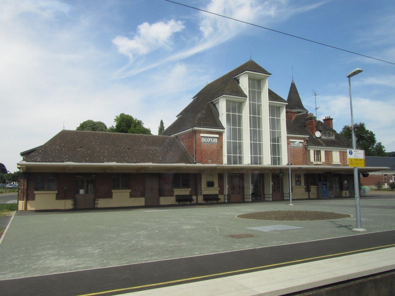 gare-de-noyon-train-station