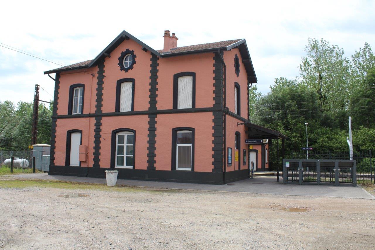 gare-de-polliat-train-station