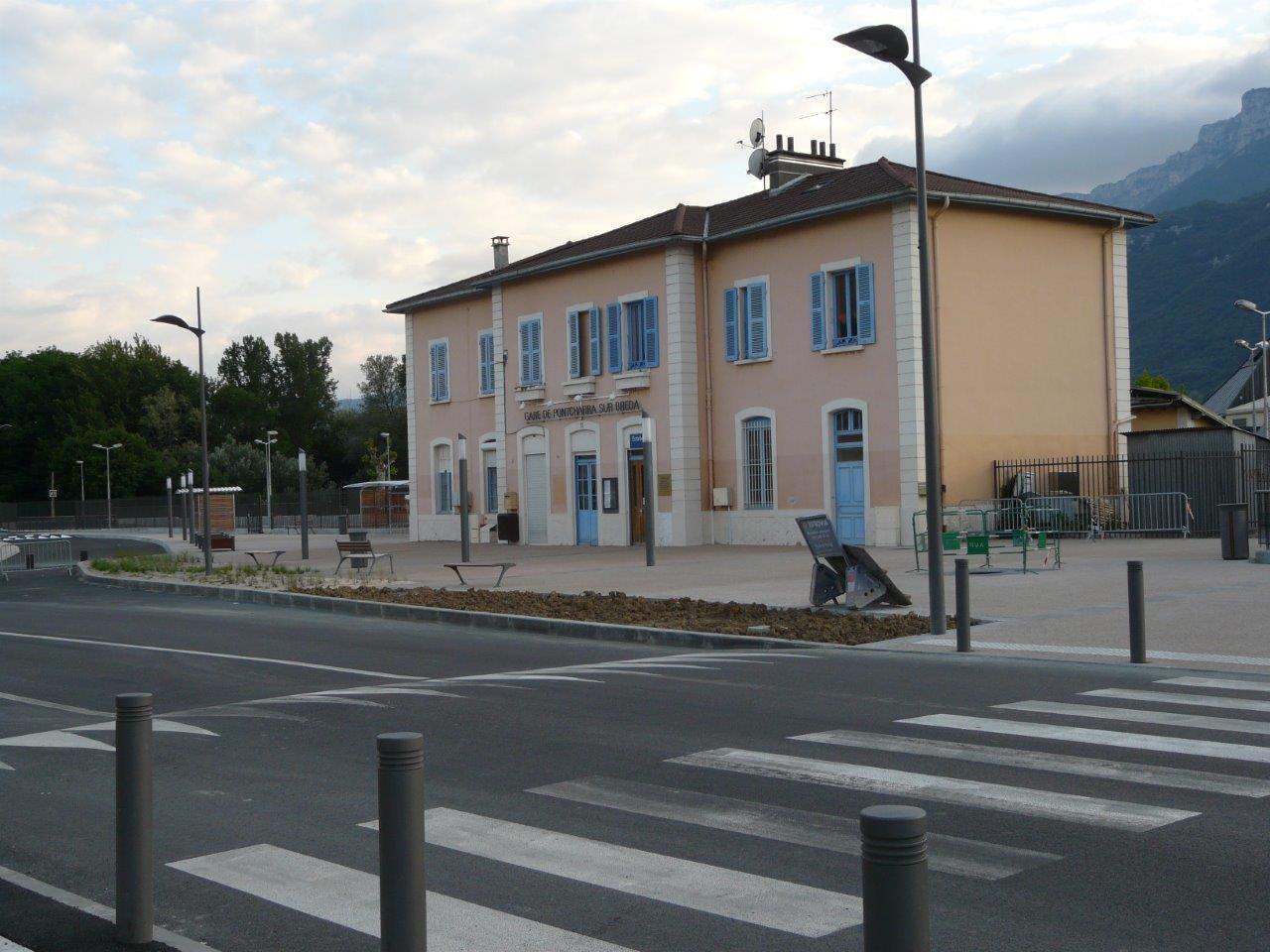 gare-de-pontcharra-sur-breda-allevard-train-station