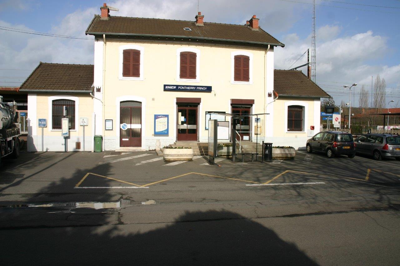 gare-de-ponthierry-pringy-train-station