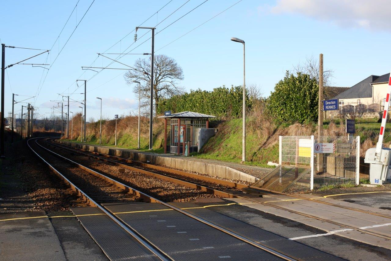 gare-de-quedillac-train-station