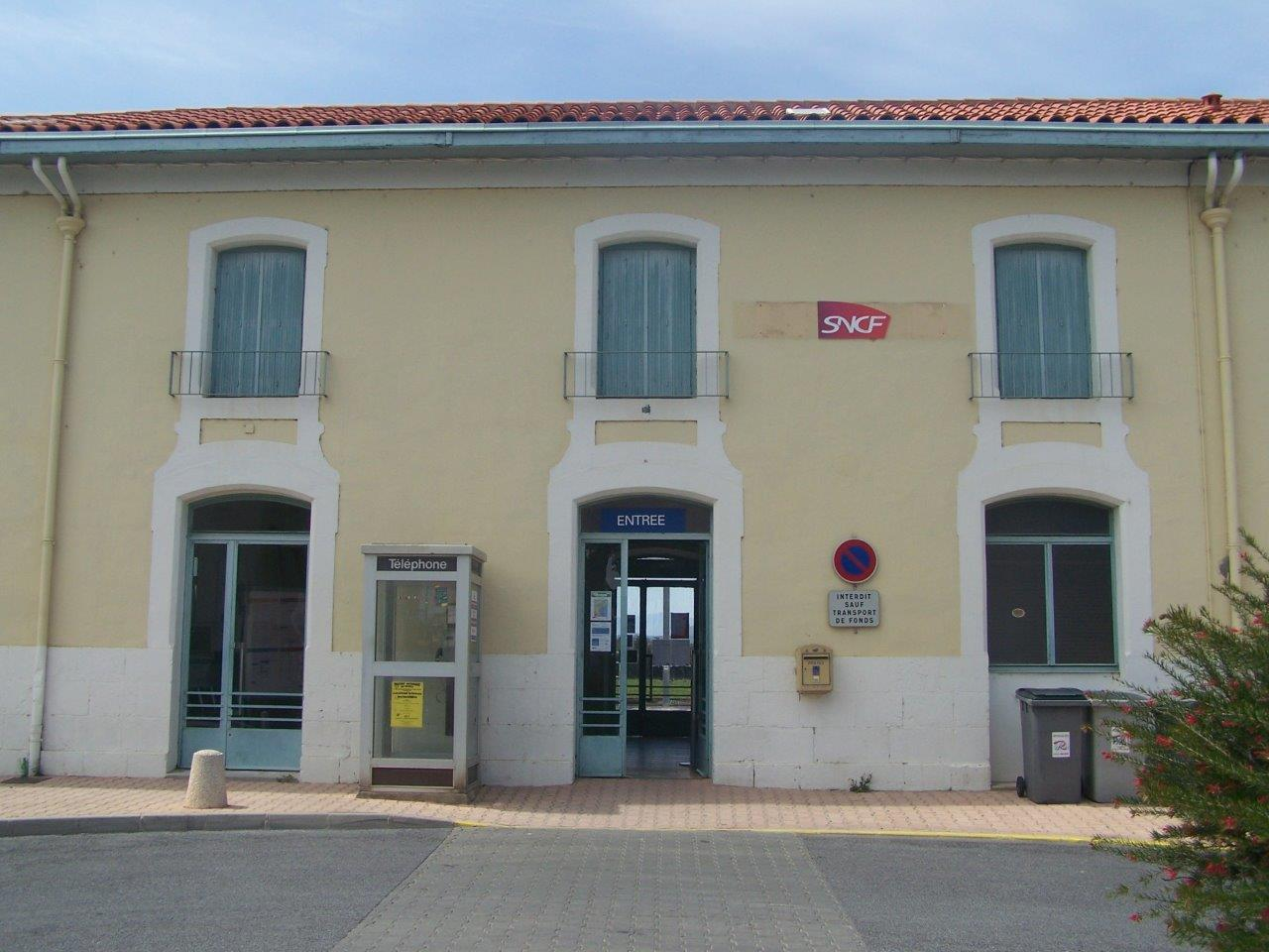 gare-de-rivesaltes-train-station