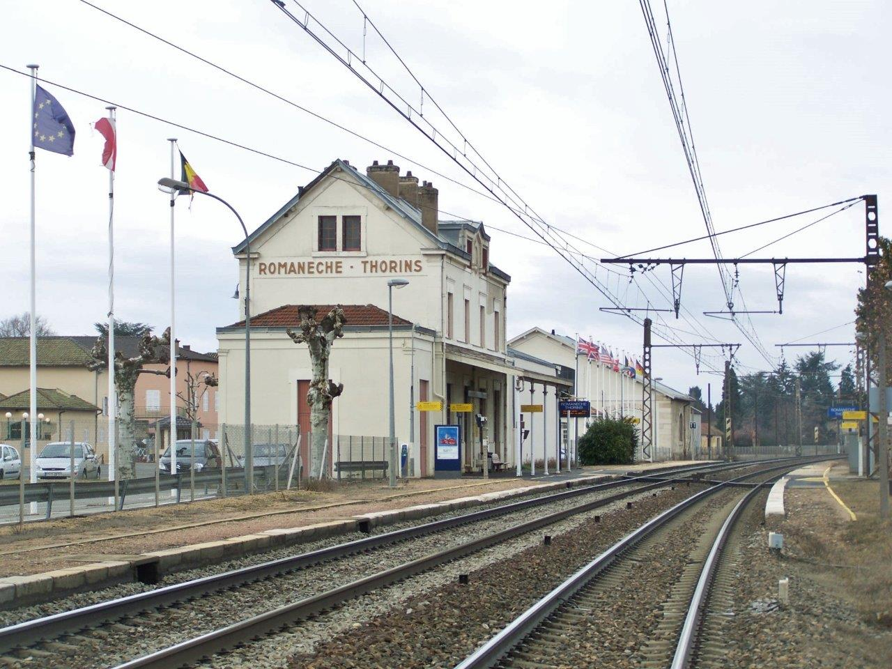 gare-de-romaneche-thorins-train-station