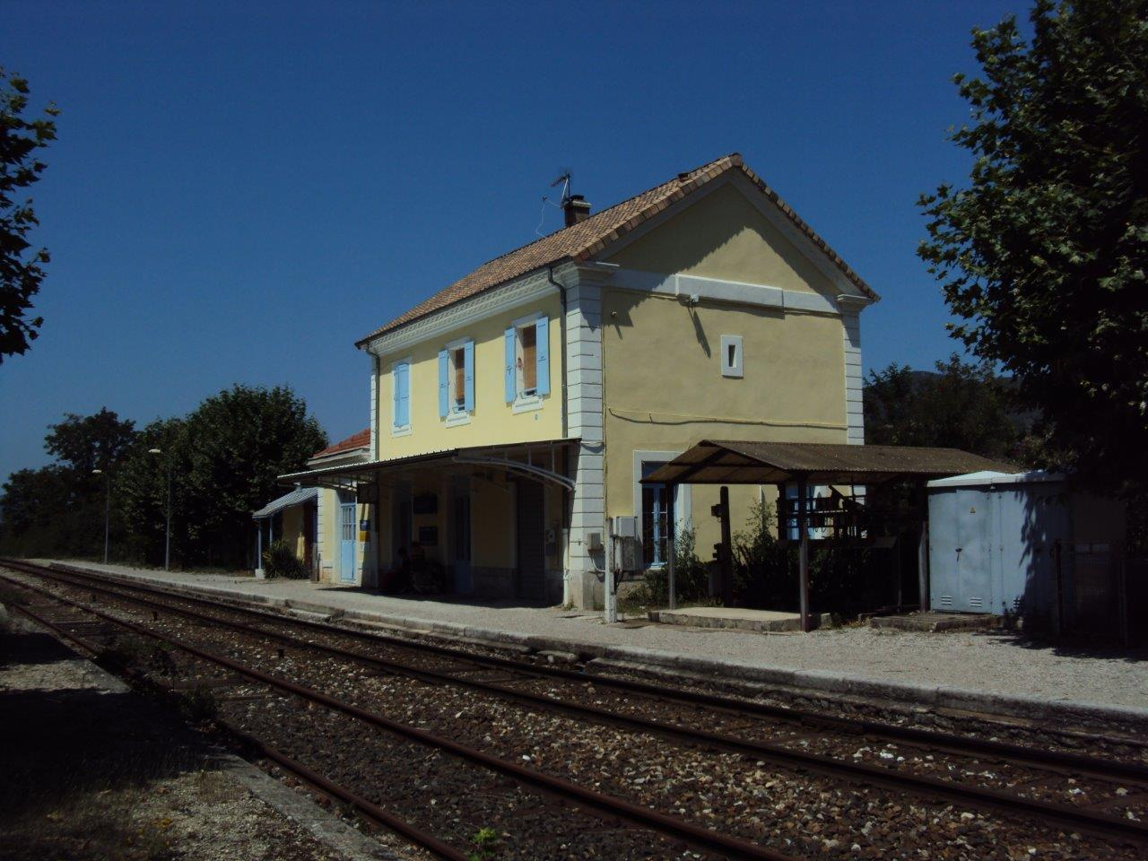 gare-de-saillans-train-station