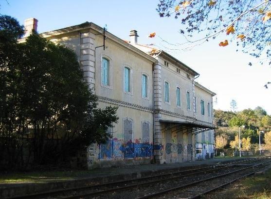 gare-de-saint-ambroix-train-station