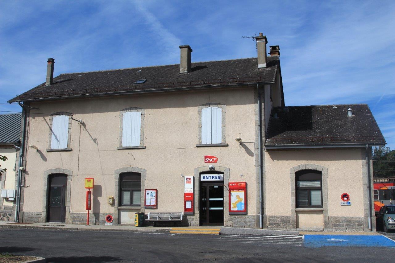 gare-de-saint-chely-d-apcher-train-station