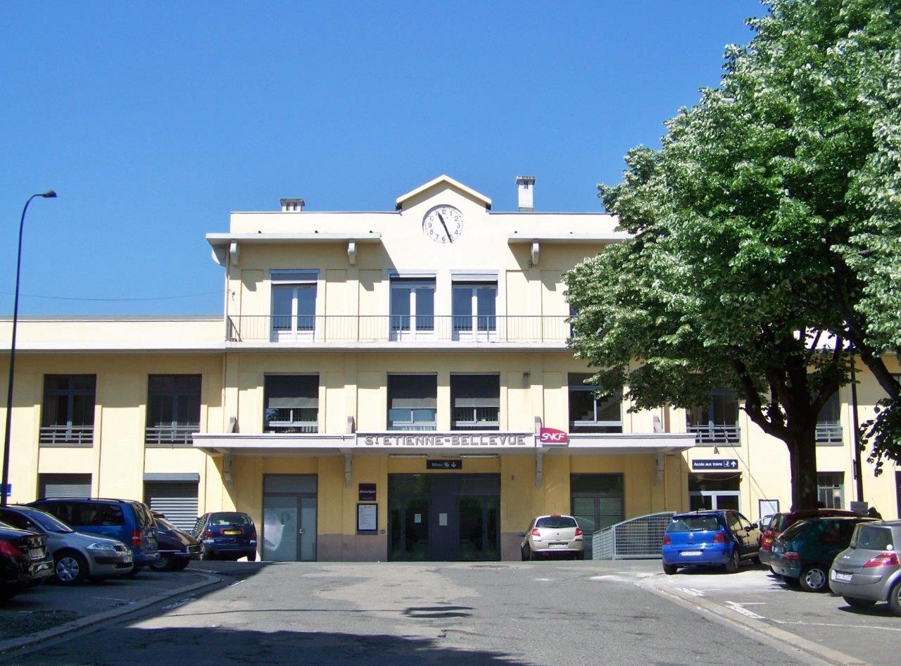 gare-de-saint-etienne-bellevue-train-station