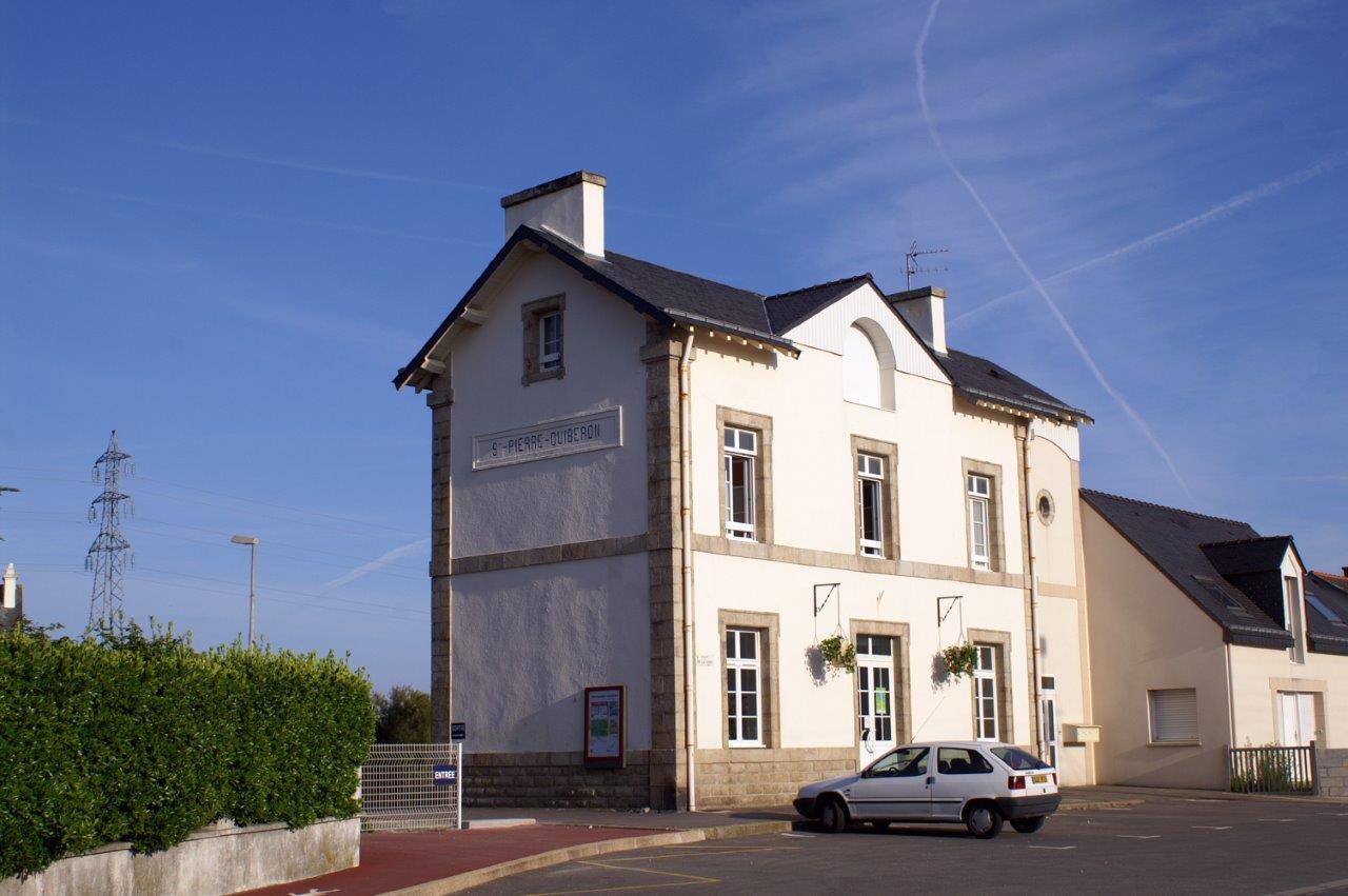 gare-de-saint-pierre-quiberon-train-station