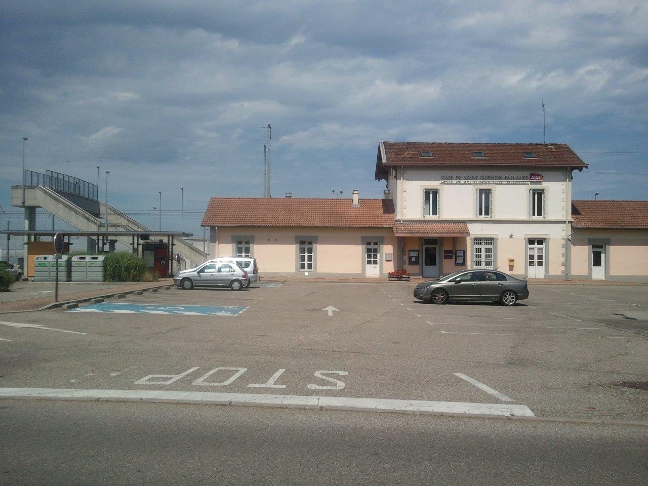 gare-de-saint-quentin-fallavier-train-station