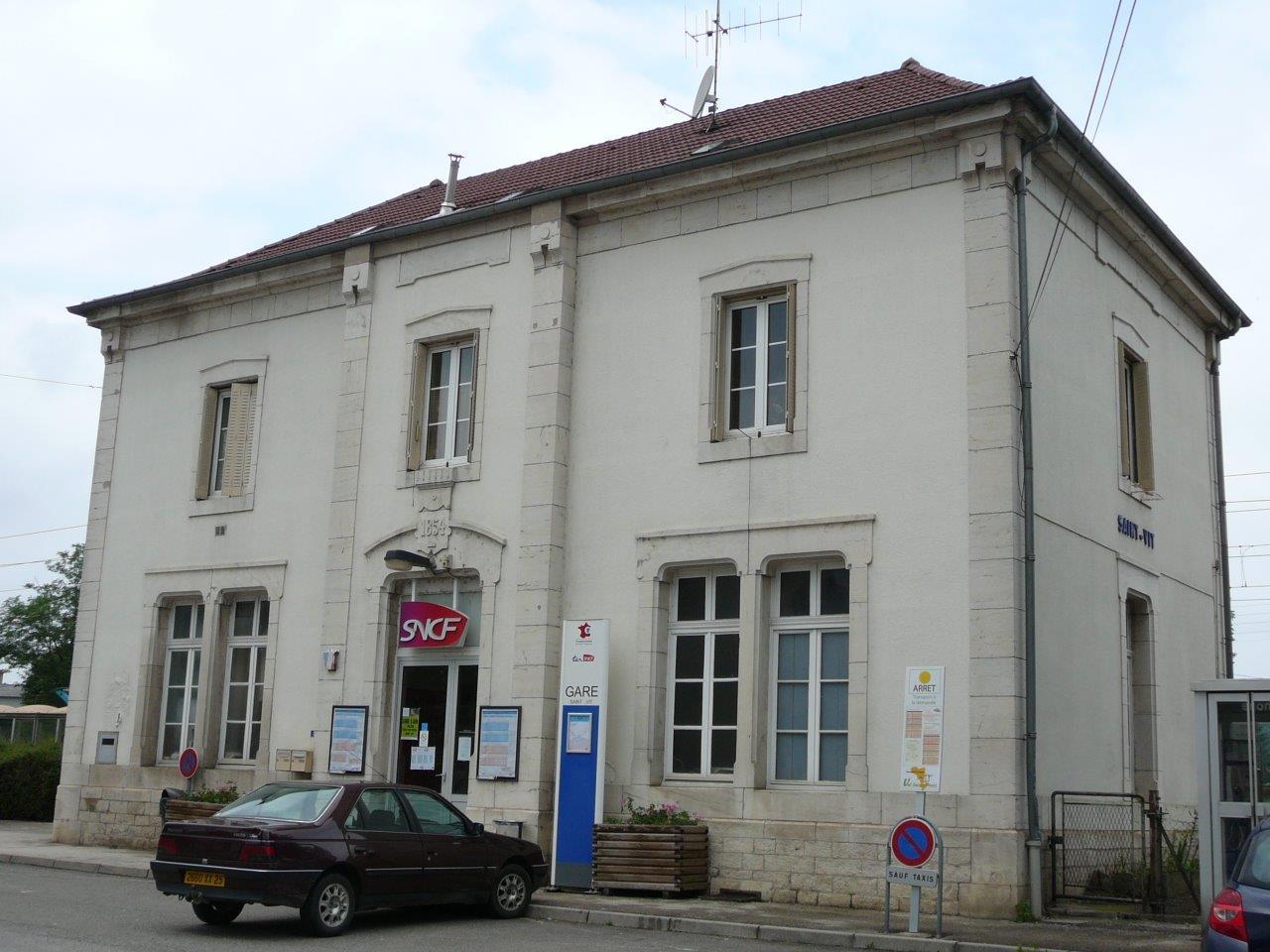 gare-de-saint-vit-train-station