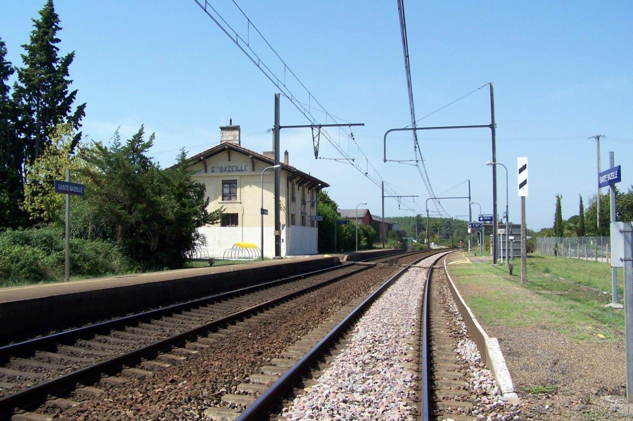 gare-de-sainte-bazeille-train-station