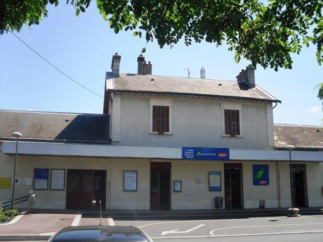 gare-de-sainte-genevieve-des-bois-train-station