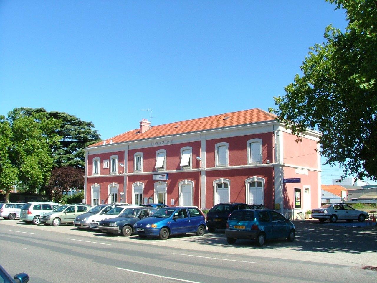 gare-de-sathonay-rillieux-train-station
