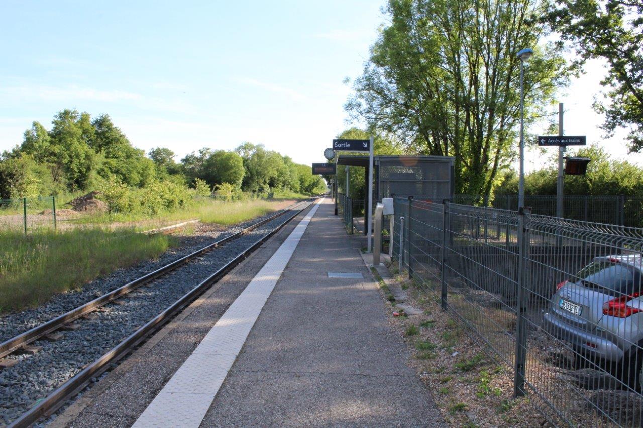 gare-de-servas-lent-train-station