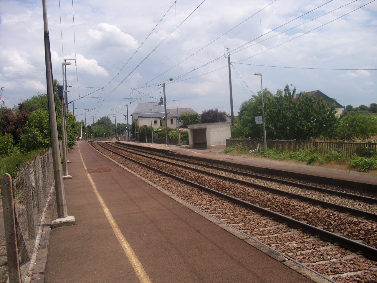 gare-de-servon-train-station