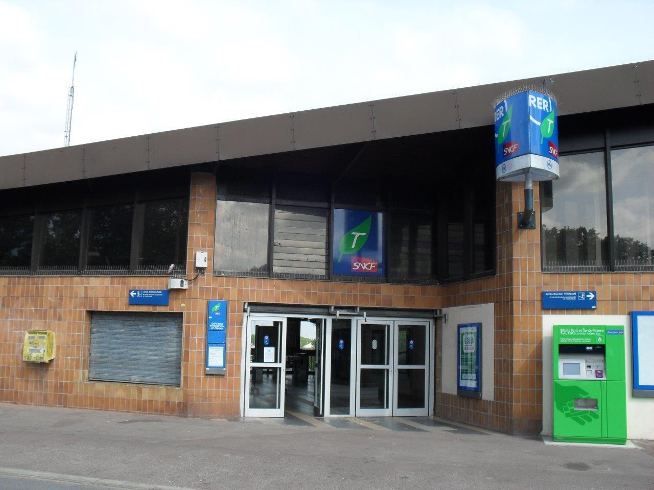 gare-des-yvris-noisy-le-grand-train-station