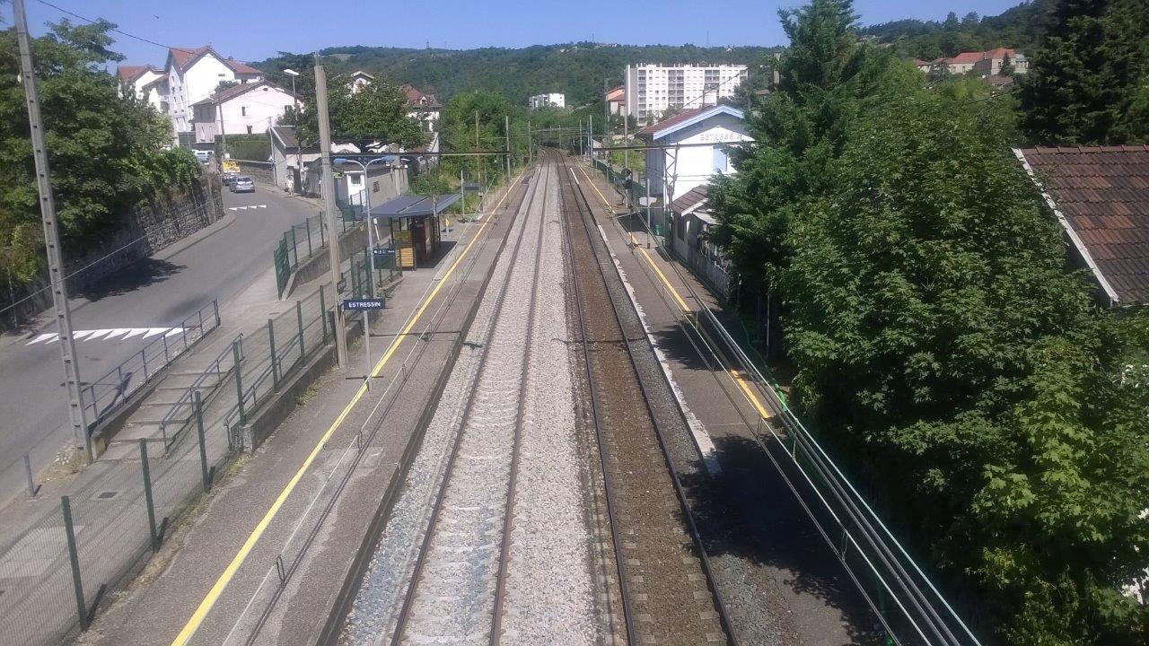 gare-d-estressin-train-station