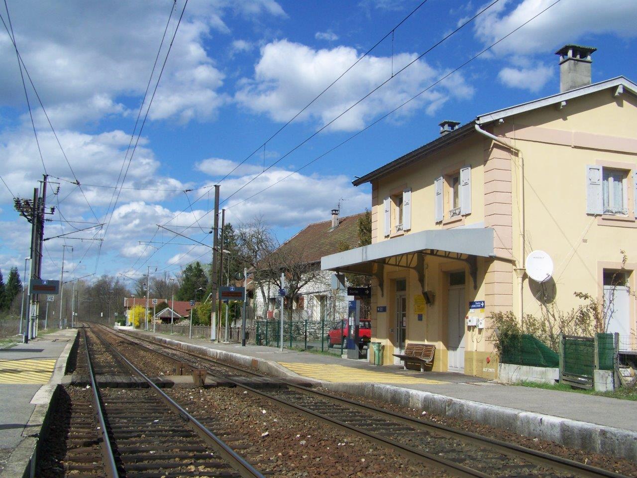 gare-de-gresy-sur-aix-train-station