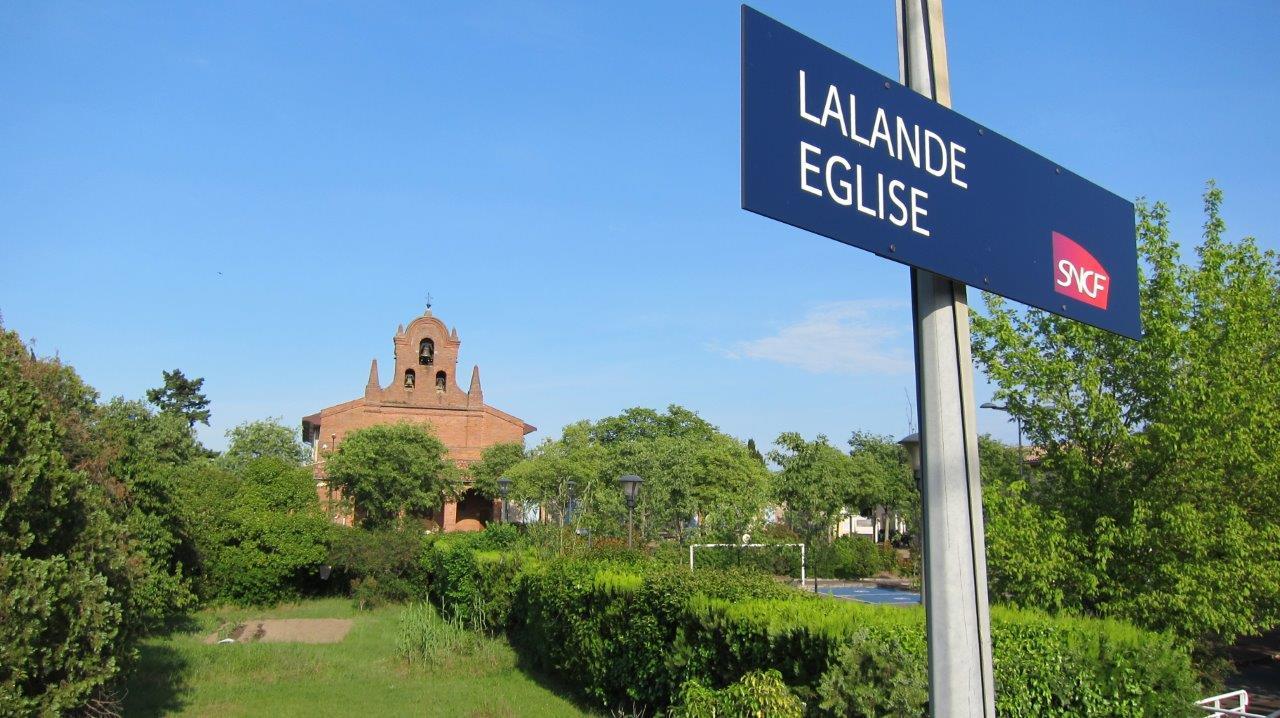 gare-de-lalande-eglise-train-station
