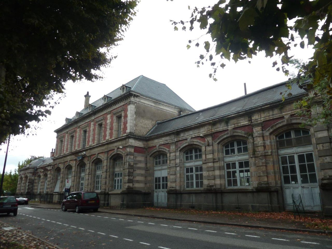 gare-de-lexos-train-station