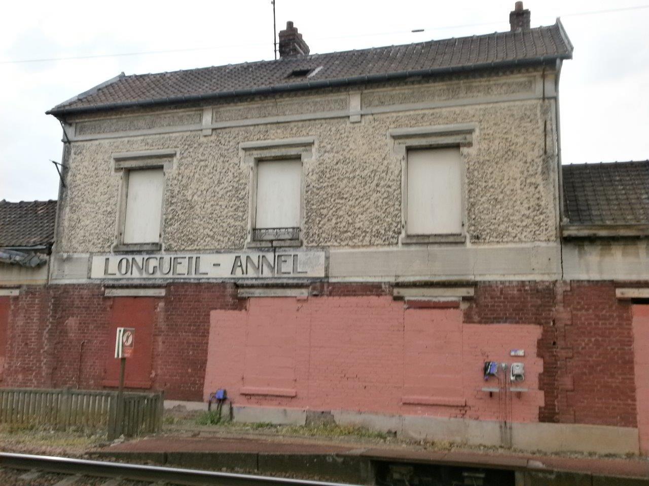 gare-de-longueil-annel-train-station
