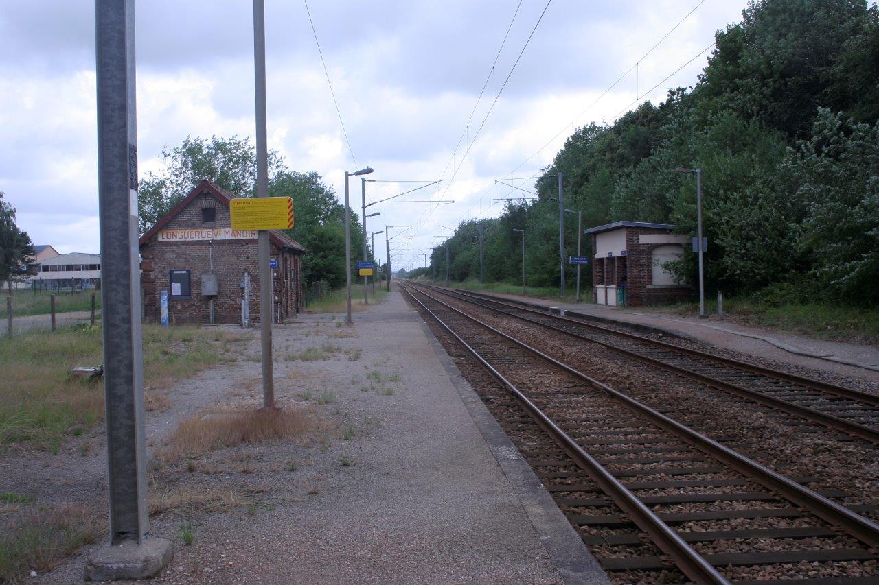 gare-de-longuerue-vieux-manoir-train-station