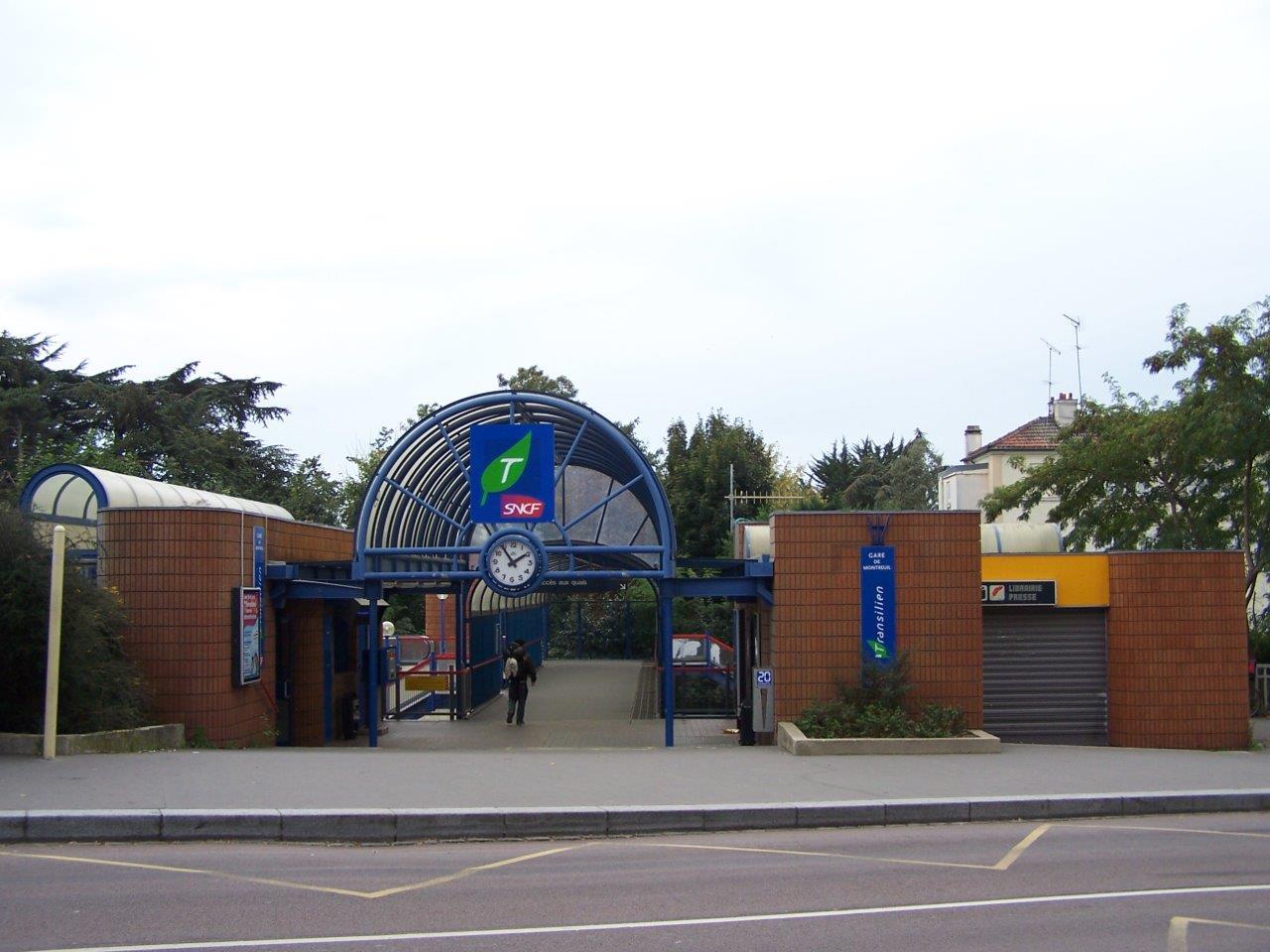 gare-de-montreuil-train-station