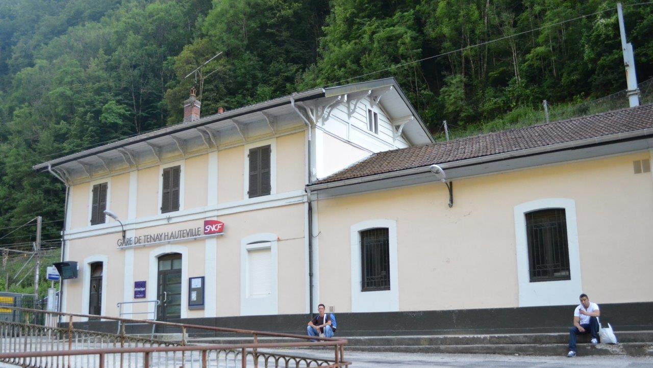 gare-de-tenay-hauteville-train-station