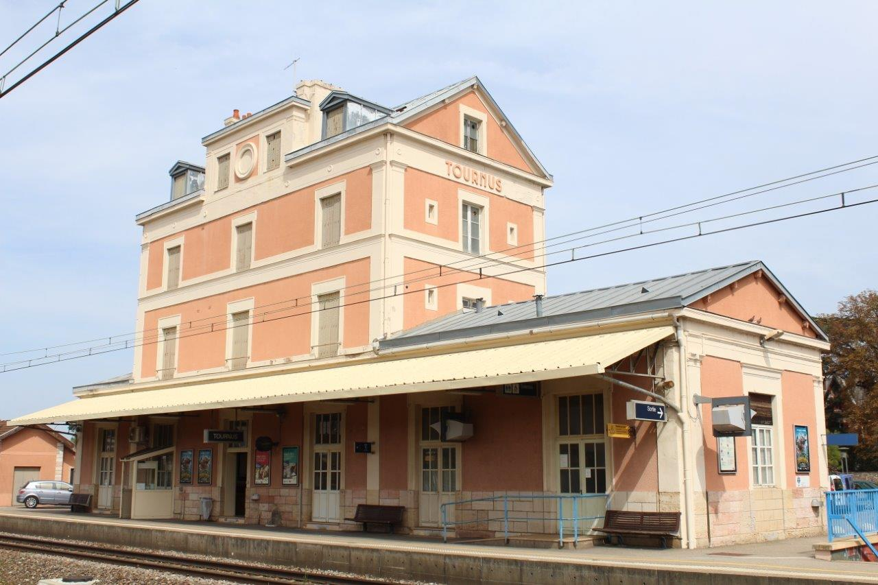 gare-de-tournus-train-station