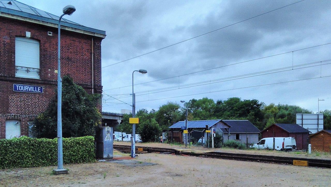 gare-de-tourville-train-station