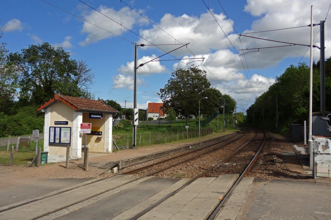 gare-de-tronsanges-train-station