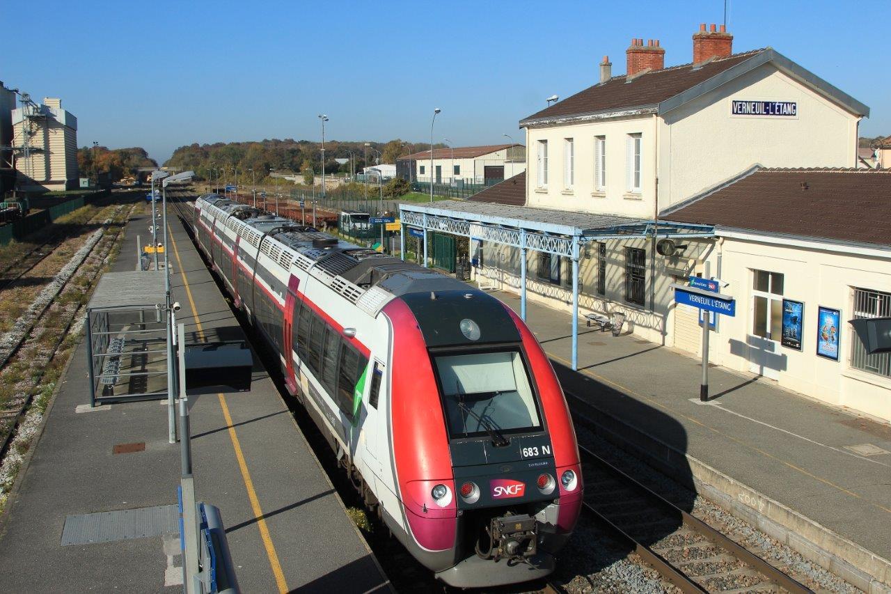 gare-de-verneuil-l-etang-train-station