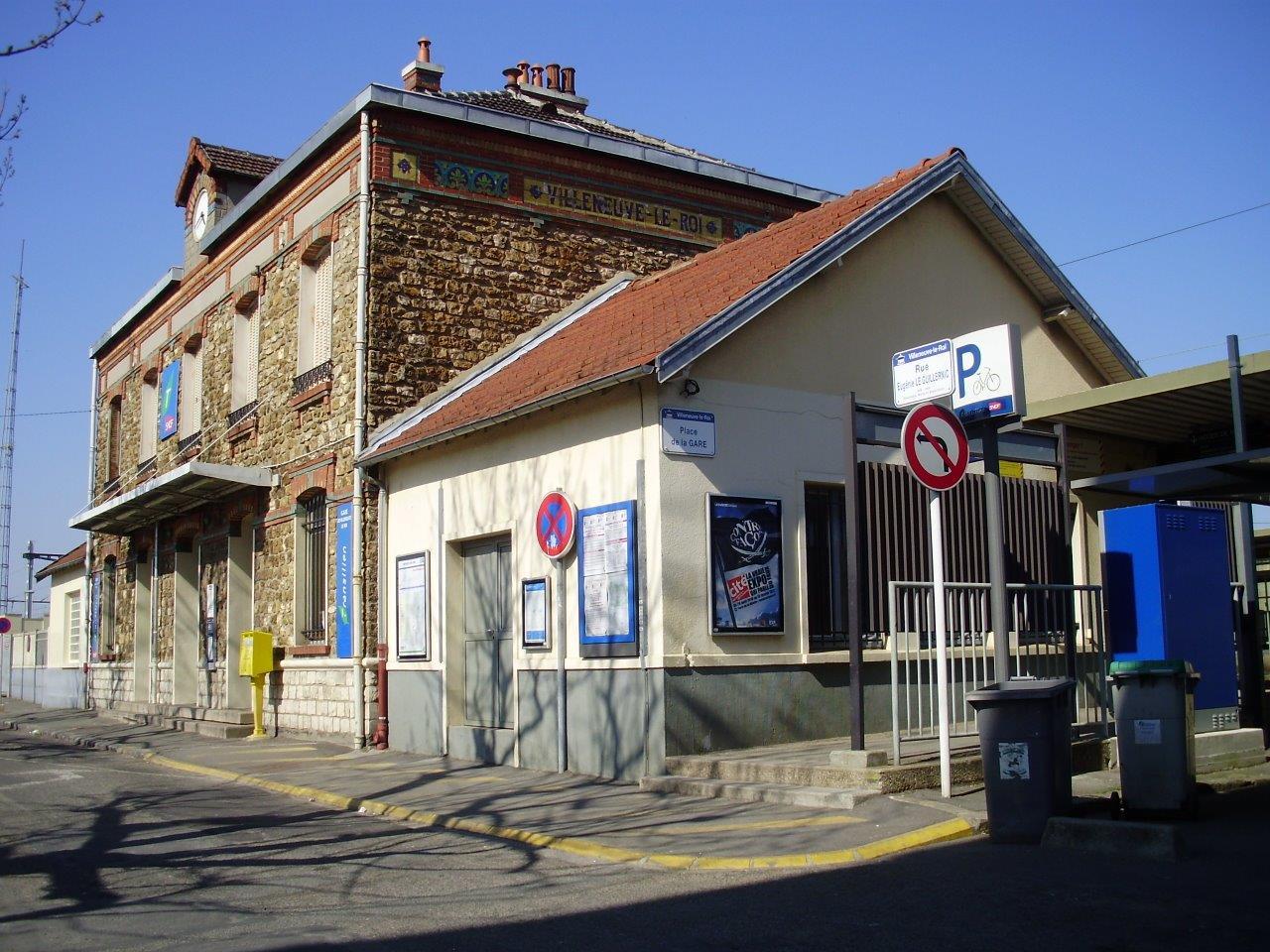 gare-de-villeneuve-le-roi-train-station