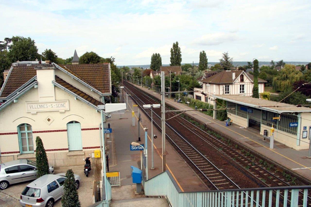 gare-de-villennes-sur-seine-train-station