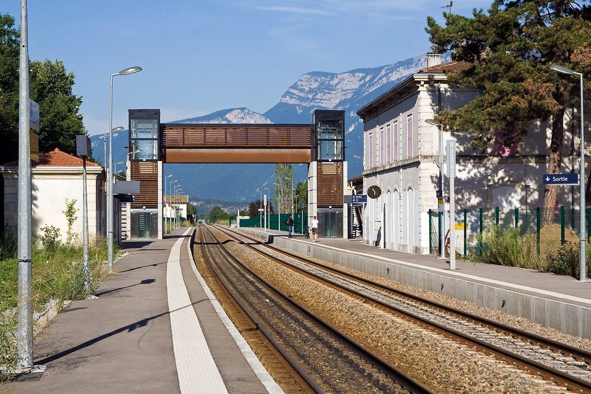 gare-de-vinay-train-station
