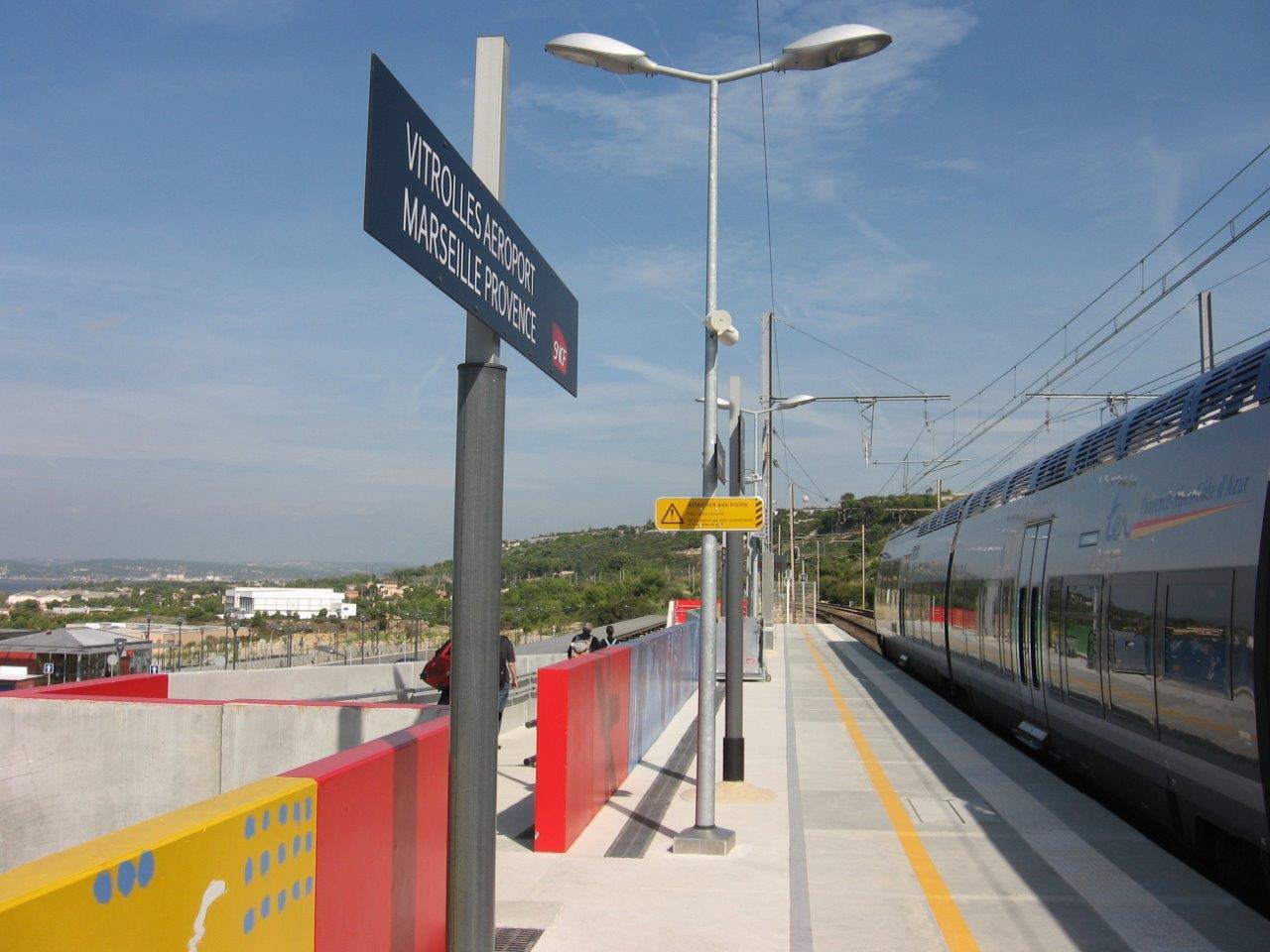 gare-de-vitrolles-aeroport-marseille-provence-train-station