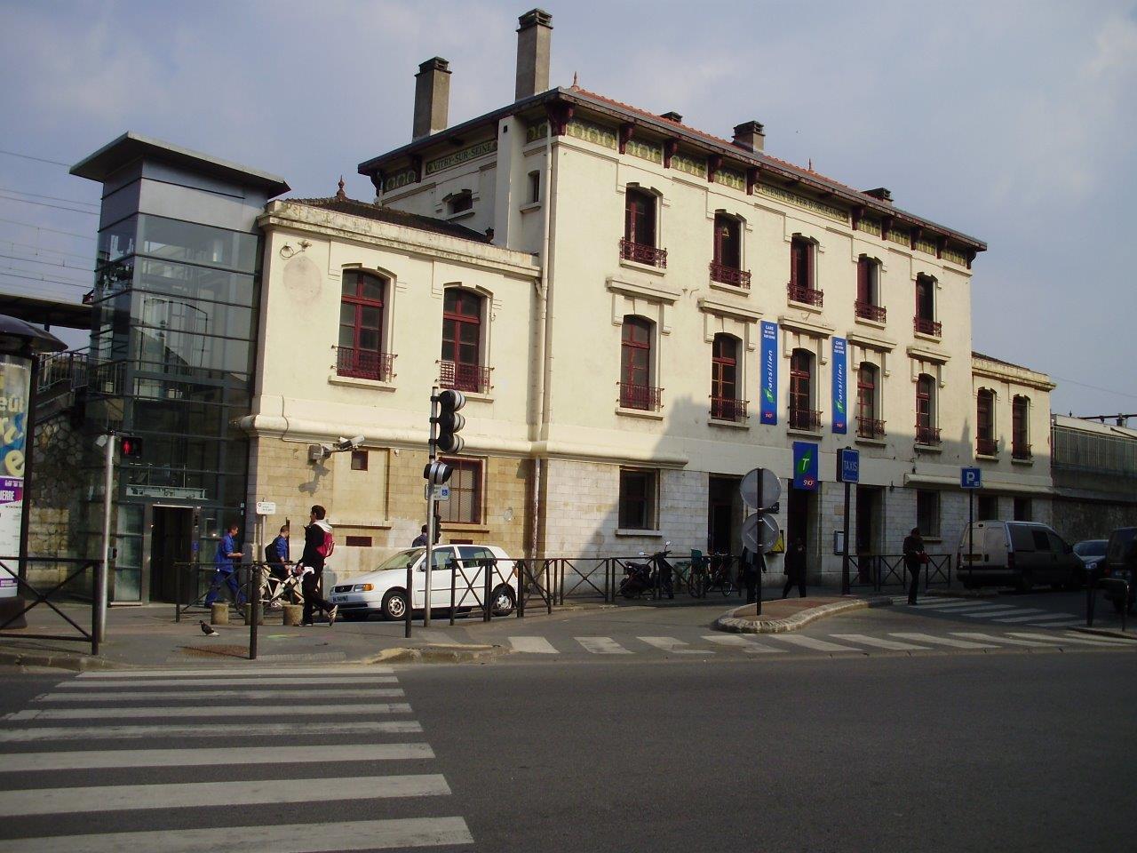 gare-de-vitry-sur-seine-train-station
