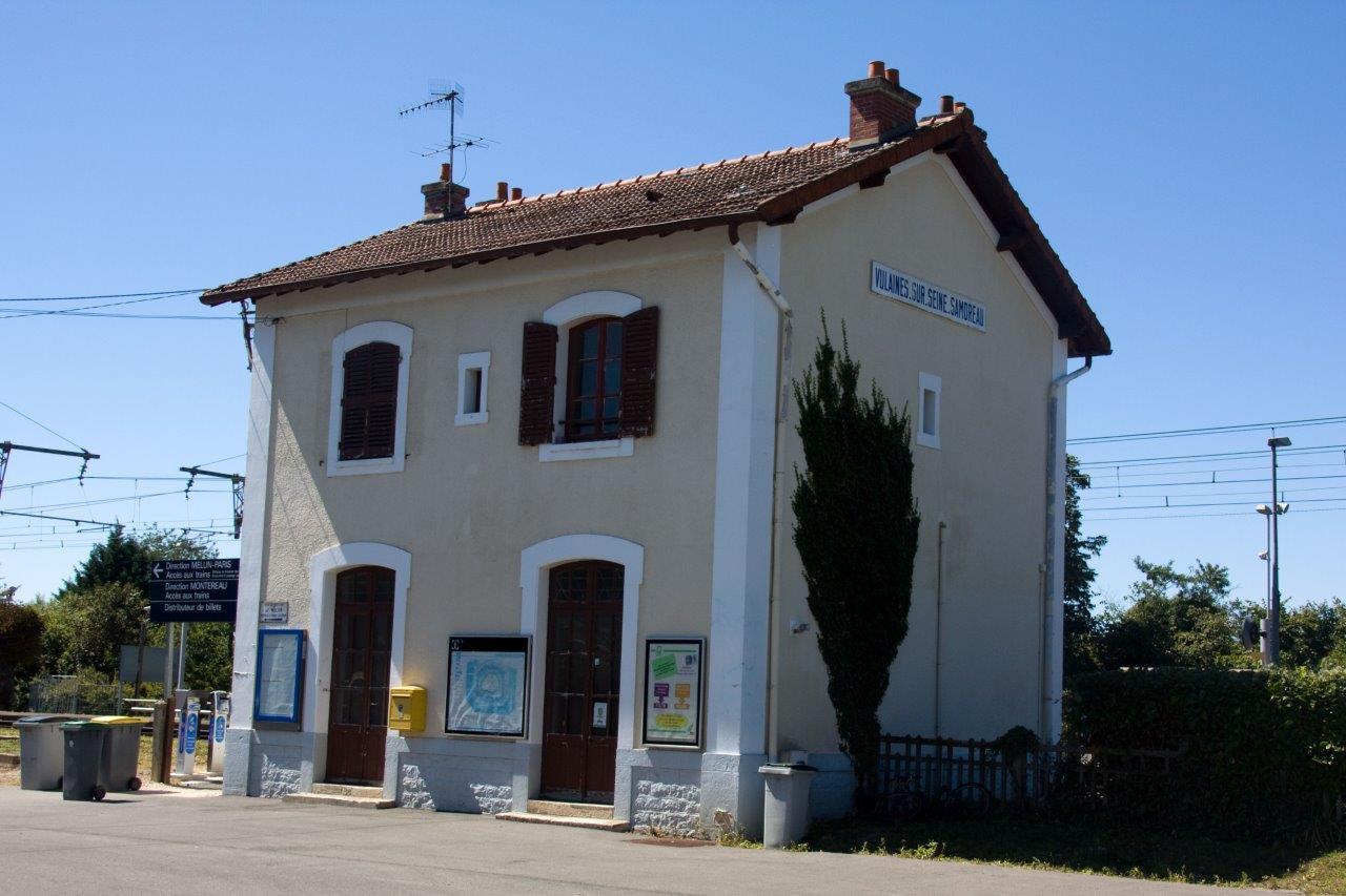 gare-de-vulaines-sur-seine-samoreau-train-station