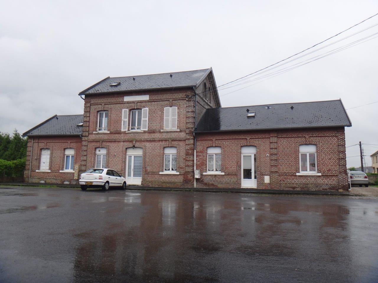 gare-de-woincourt-train-station