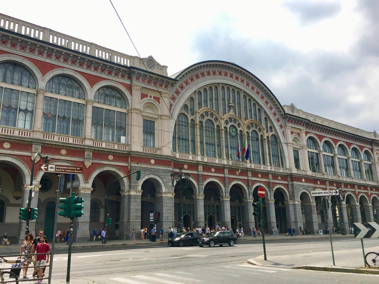 stazione-torino-porta-nuova-railway-station