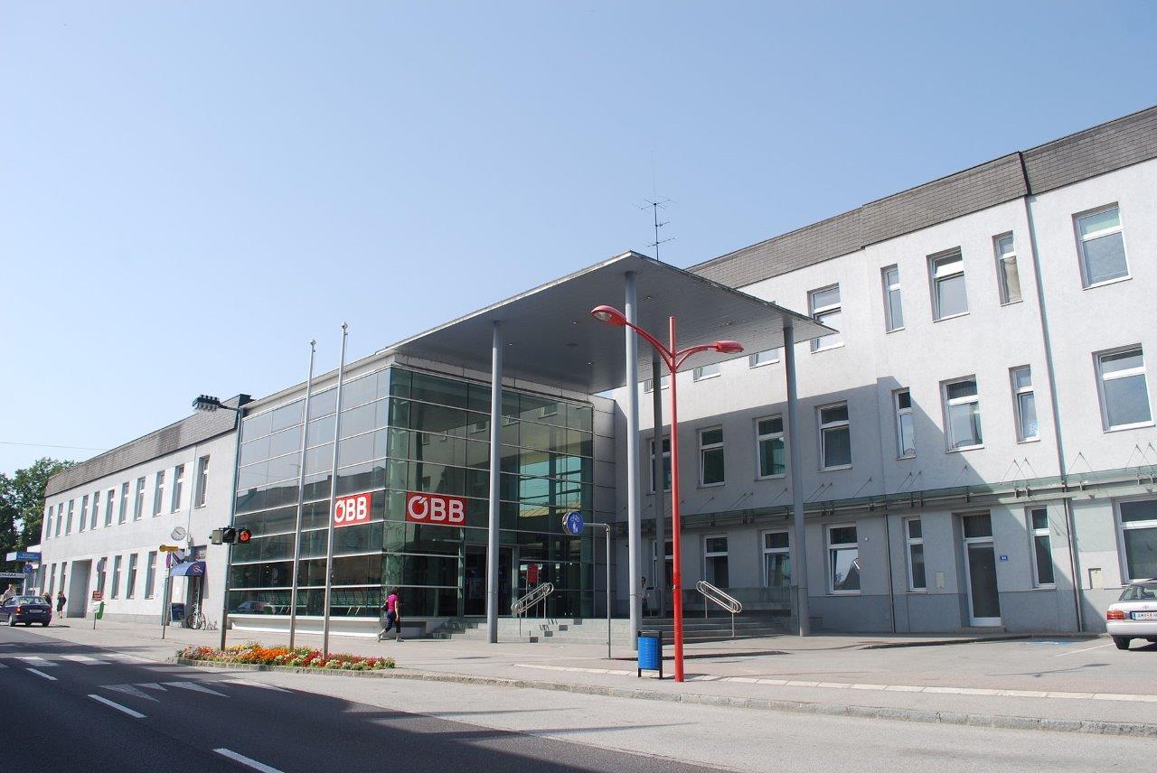bahnhof-st-valentin-train-station